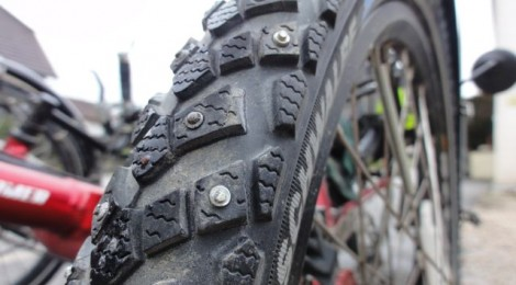 Spike tires